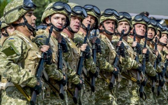 В Украине создают армию «советского типа» в ее худшем варианте, — военный эксперт
