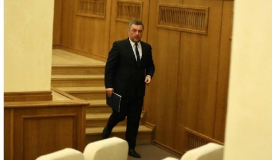 Махницкий объяснил, почему Лёвочкин и Фирташ не попали под санкции ЕС