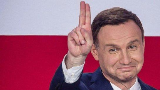 Президент Дуда начисто переиграл в гамбите «опытного дипломата» Порошенко