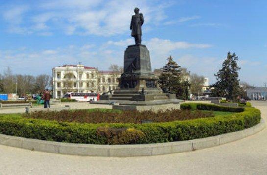 Очередной скандал в Крыму: жителей Севастополя выгнали из центра города