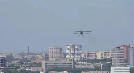 Над центром Донецка замечен самолет боевиков