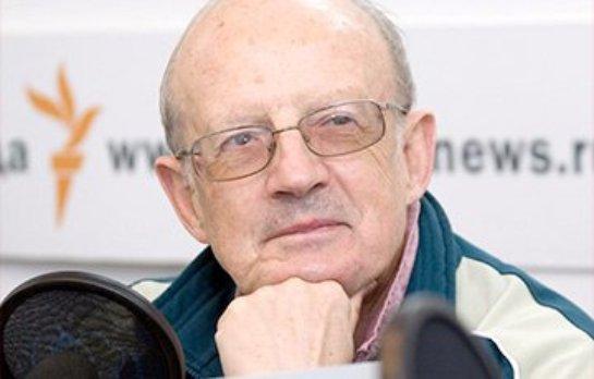 Савченко и Сенцова освободят еще в этом году, — Пионтковский