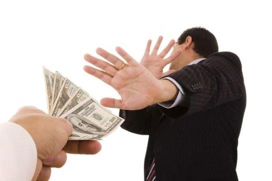 Коррупционеры смогут откупиться от длительных тюремных сроков
