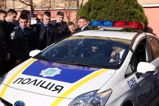 Полицейский с треском вылетел из патрульной службы