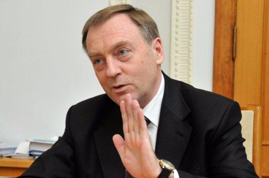 Лавринович рассказал, что стало точкой в его сотрудничестве с Януковичем