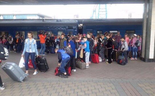 Группа детей-переселенцев будет отдыхать в Одесской области