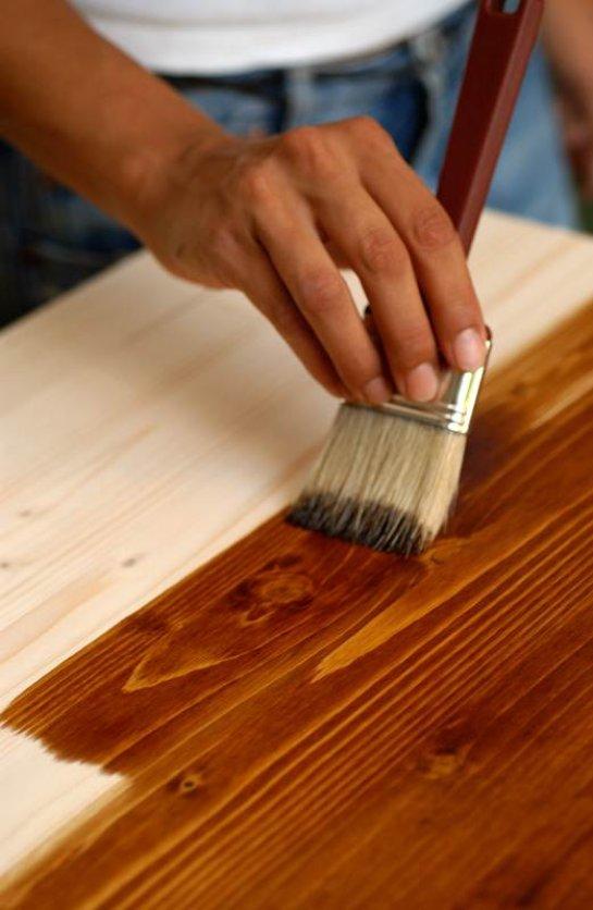 Как красить мебель краской