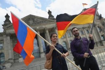Турция готовит ответные меры Германии за ее признание геноцида армян