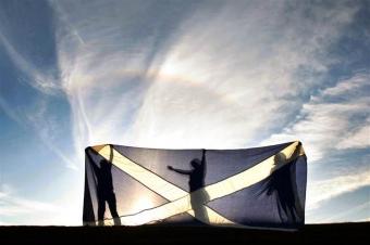 Власти Шотландии заявили о намерении провести новый референдум о независимости в случае выхода Британии из ЕС