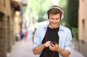 Музыка влияет на речь человека, — ученые
