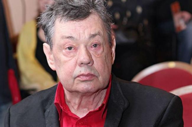 Актера Караченцова срочно положили в больницу
