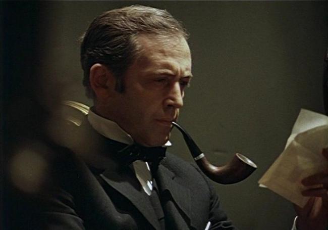У известного актера, сыгравшего Шерлока Холмса, появился внебрачный сын
