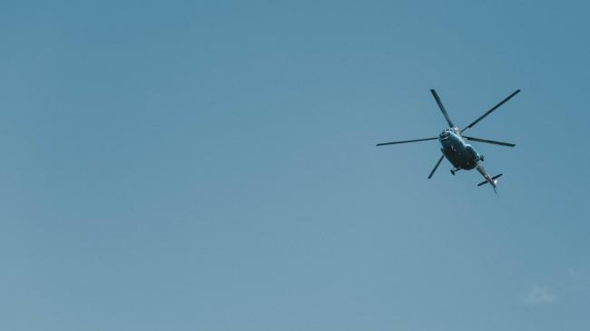 В Латвии во время авторалли разбился вертолет, есть жертвы