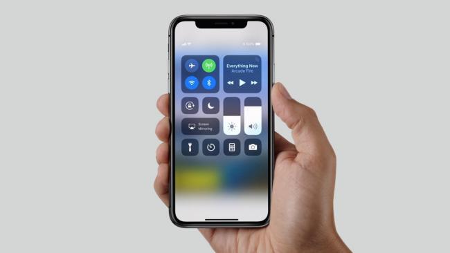 Apple начала разработку iPhone X еще 5 лет назад