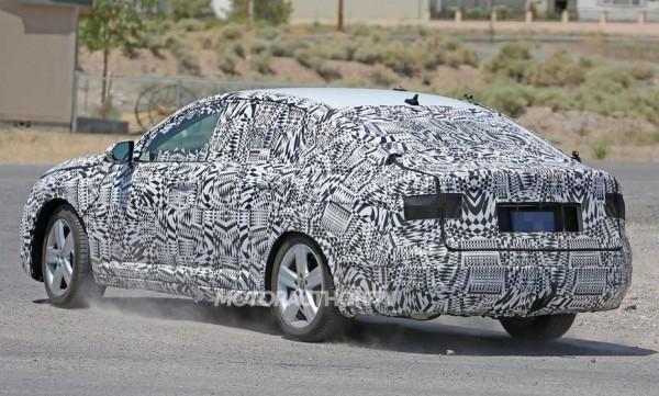 Шпионы «засекли» на испытаниях новый седан Volkswagen Jetta 2019 (ФОТО)