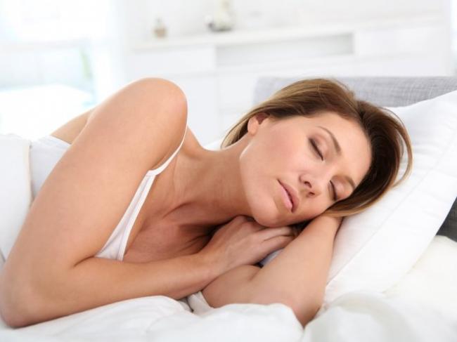 Ученые выяснили, как нарушение сна влияет на женщин