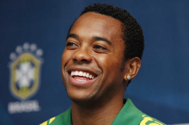 Известный бразильский футболист осужден за групповое изнасилование