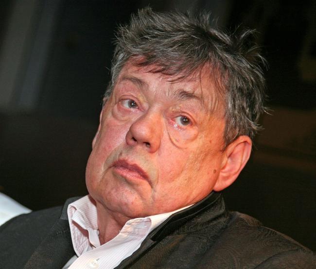 Смертельно больной Караченцов отправился в больницу прямо с банкета